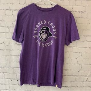 Life Is Good TCU horned frogs graphic tee shirt